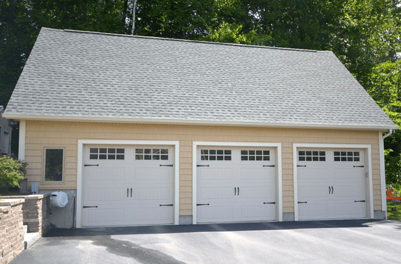 Chiocca homes 3 car detached garage for 3 car garage homes
