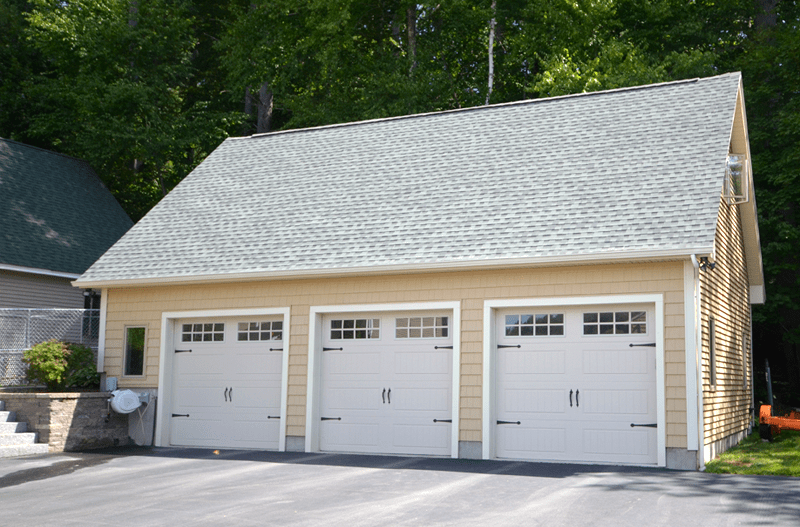 Chiocca homes 3 car detached garage for Home designs 3 car garage